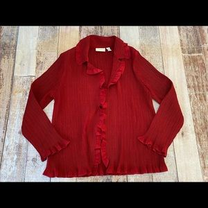 Chicos ruffle trimmed crepe red top size 3